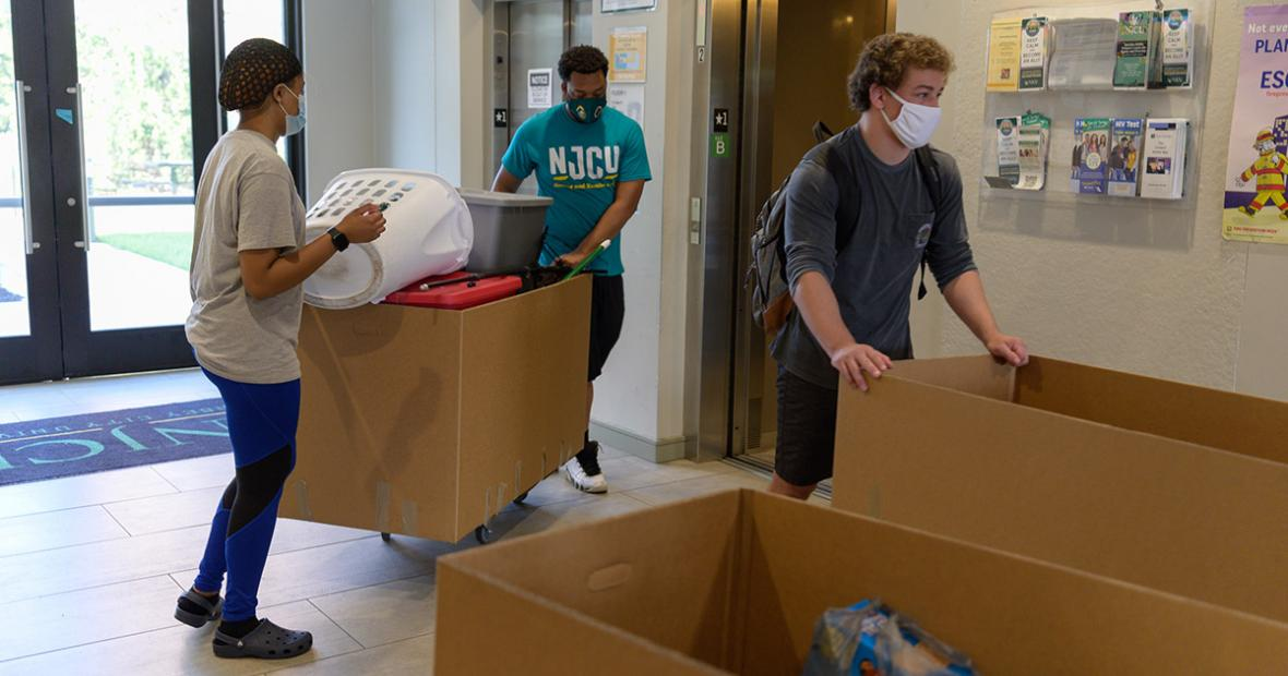 Moving in to residence halls