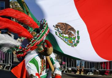ethnic immigration studies mexican flag parade costume